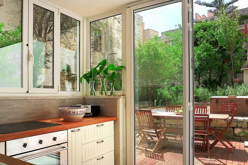Centralissima con giardino case in affitto a favignana sicilia italia - Case in affitto vigevano con giardino ...