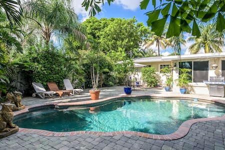 A clean furnished apart w pool 2 blks from Wilton - Fort Lauderdale