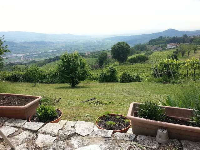 Verona Wine Country Family & Couples Retreat
