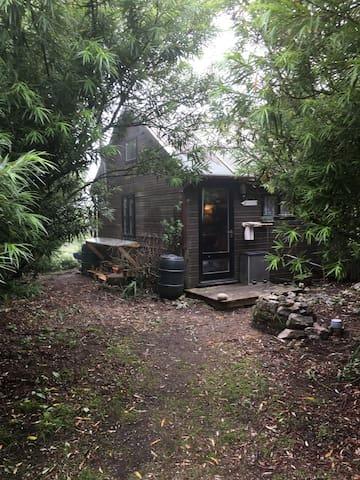 Romantic and cozy cabin on the west cornish coast