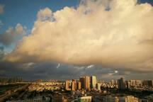 观景阳台上开阔的视野,云☁️飞云舞之美。
