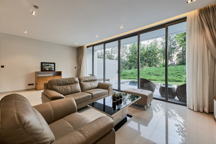 Elegant 3bedroom Private Pool Villa - Golf Resort