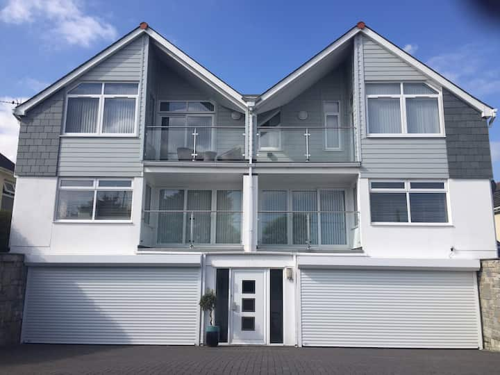 Pencarrick Luxury 2 bedrooms 5* rated Apartment