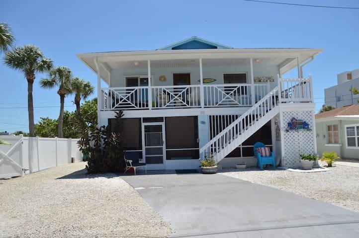 The Mermaid House On the beach !  - Manasota Key - House