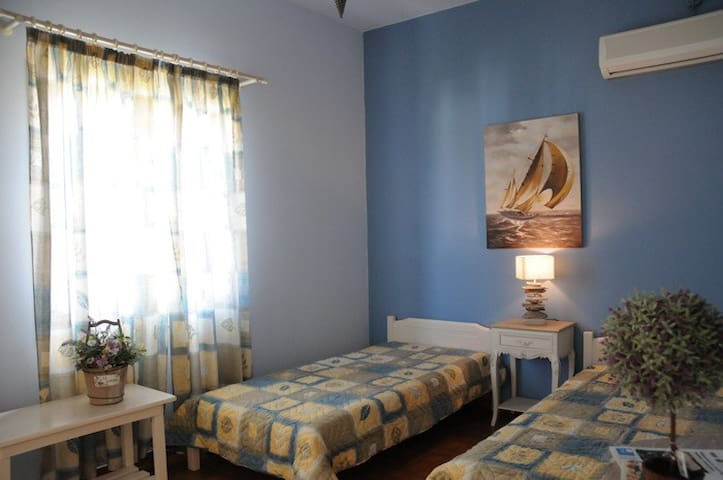 Dominic Apartment 1 - Ermoupoli - Apartament