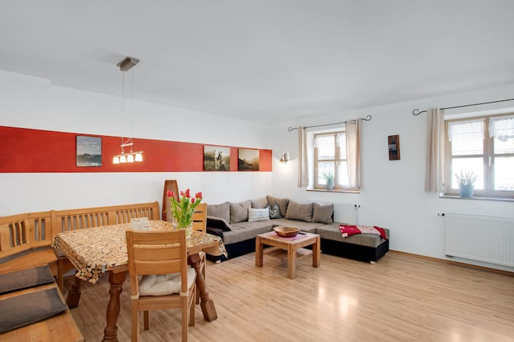 """Apartment """"Almrausch"""" with Balcony, Mountain View & Wi-Fi; Parking Available"""