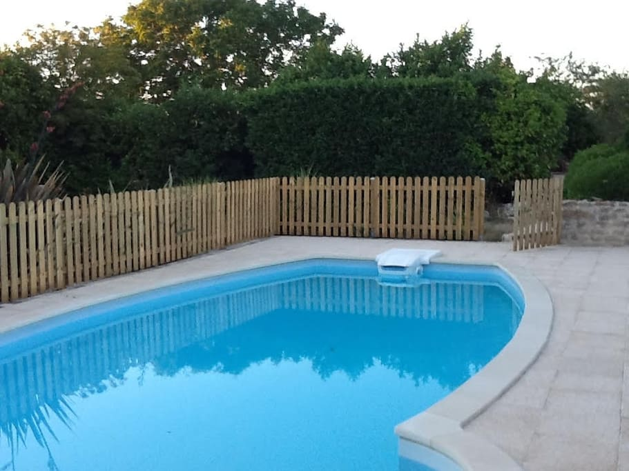 Heated 8m x 4m Pool