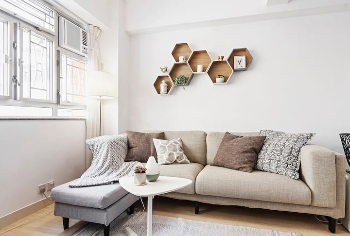 large Room- Heart of Soho/Central