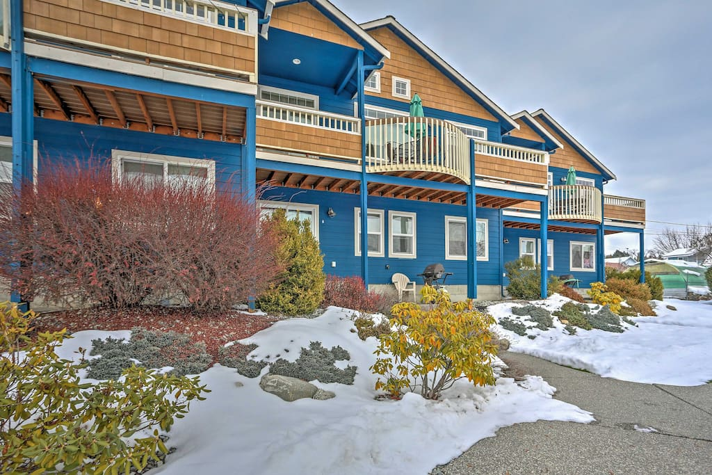 Retreat to your personal oasis when you stay at this 3-bedroom Manson vacation rental townhome.
