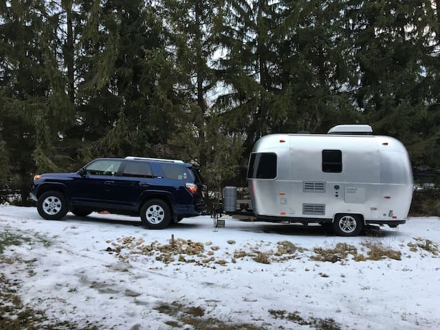 Airstream Bambi Sport - Travel Trailer for Rent