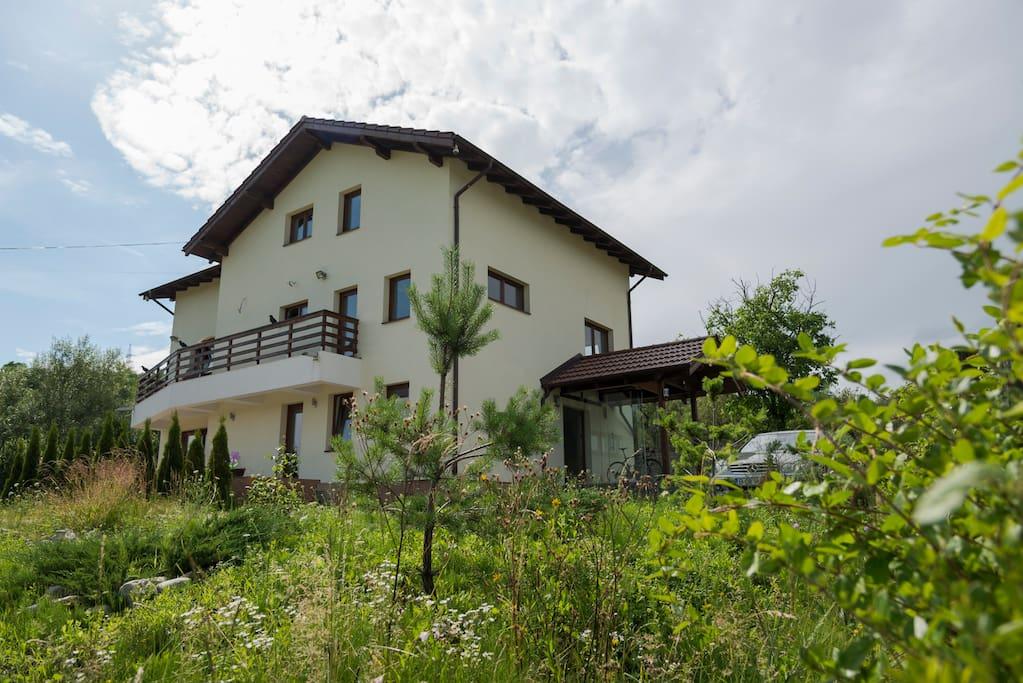 hillside luxury villa with amazing views case in affitto
