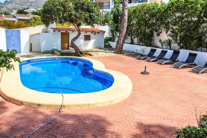 Pedro 6 - holiday home with pool in El Portet