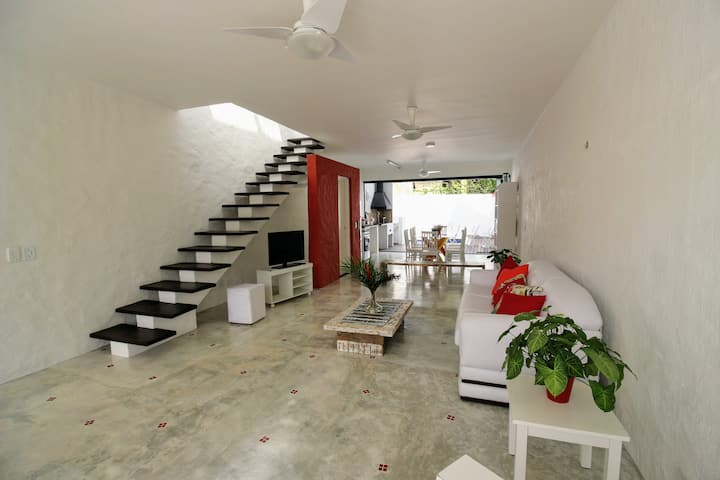 Vila Casablanca Juquehy - Casa Vermelha