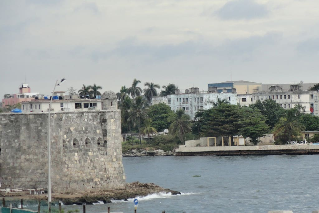 Casa Marieta Bella Vista Al Mar Apartments For Rent In Vedado La Habana Havana Cuba