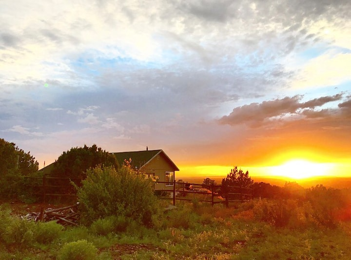 Grand Canyon Sunset Lodge