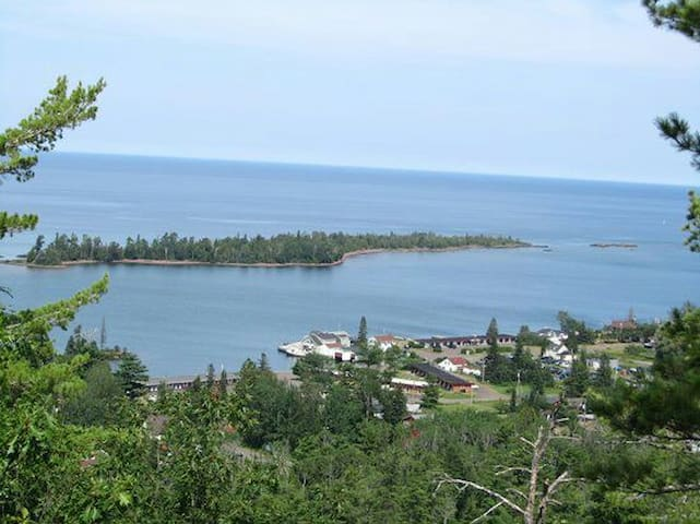Simple studio close to beautiful lake superior - Calumet Township - Dom