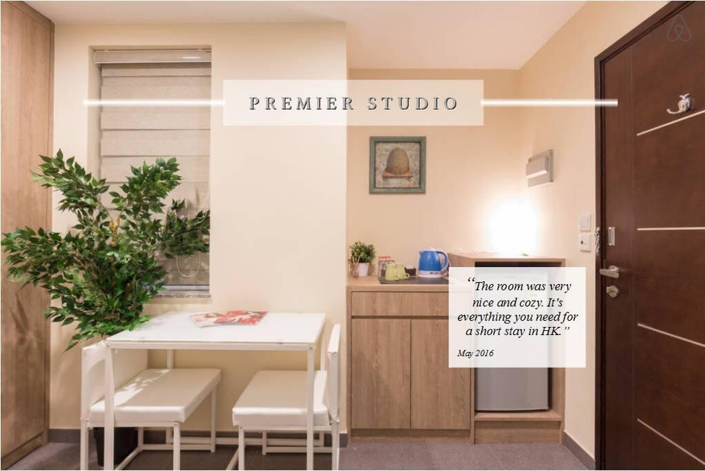 Premier studio tsim sha tsui appartements louer hong kong kowloon hong kong - Farbiges modernes appartement hong kong ...