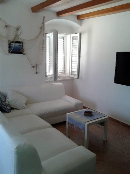IP TV, Wi-Fi and cozy sofa.