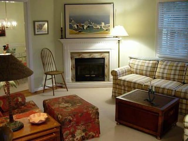 Charm and Location in Stone Harbor