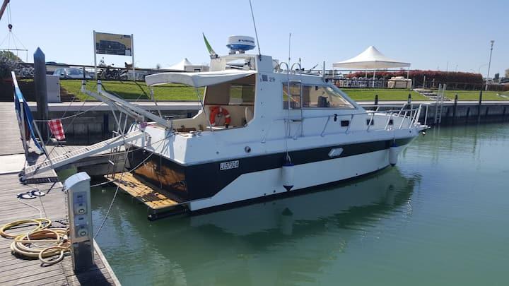 Barca comoda e spaziosa ideale per relax
