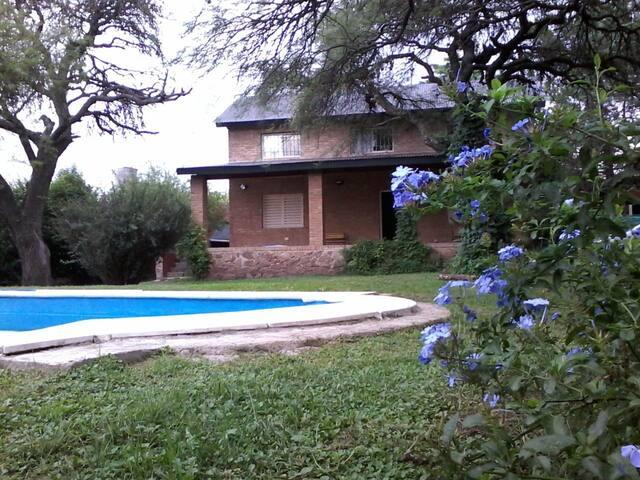 Casa en Santa Maria de Punilla c/pileta!