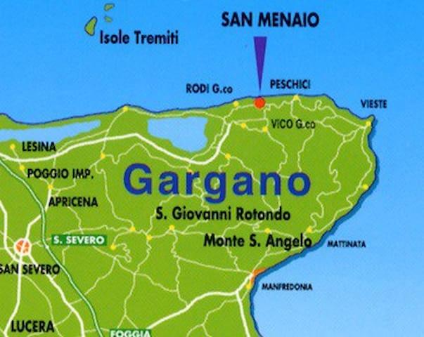 Casa + giardino + parcheggio vicino al mare - San Menaio - Wohnung