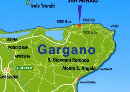 Casa + giardino + parcheggio vicino al mare - San Menaio