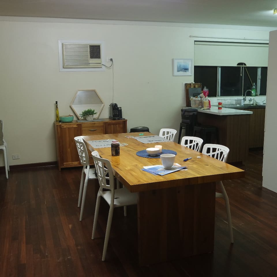 Two Bedroom House - Great Location