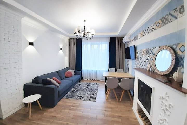 "Center! 3Room apartment ""Prima"" near Gorkiy park"