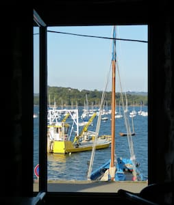 Maison de pêcheur à Plougastel, les pieds dans l'o