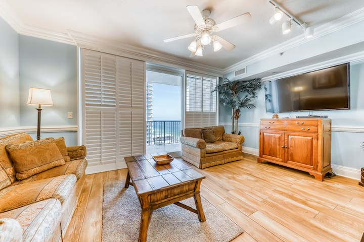 Classy oceanfront condo w/ shared pools & hot tubs, Gulf views, & beach access!