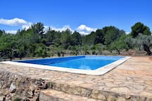 Private swimming pool | Piscina privada