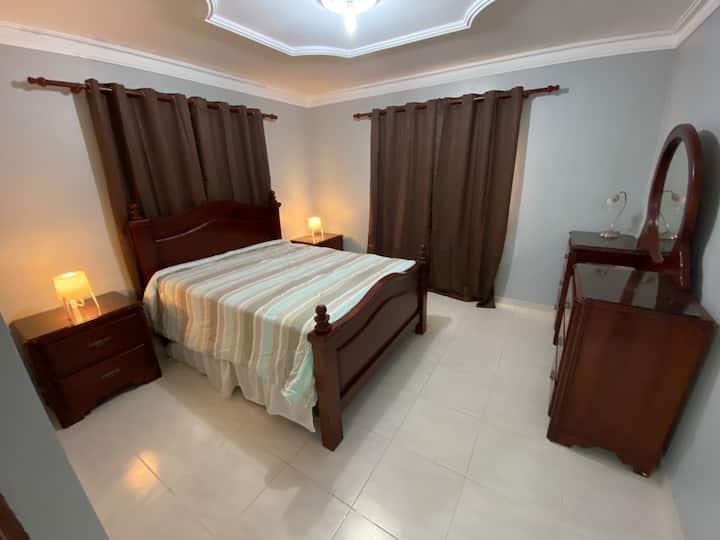 2 bedroom apartment with WiFi in quiet area