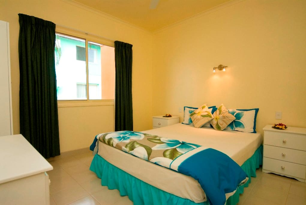 Large Spacious Bedrooms - each room can have a double bed or two singles - easily accommodate up to 6 people.