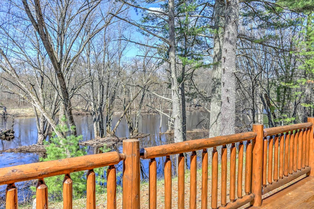 Boasting 2,000 sq ft with the capacity to comfortably accommodate 8 guests, bring your friends and family to this secluded cabin surrounded by woods and the Menomonee River for a quiet getaway.