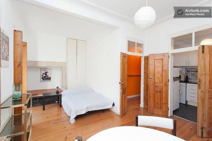 Cosy Studio in Chiado area - Lisboa - Apartemen