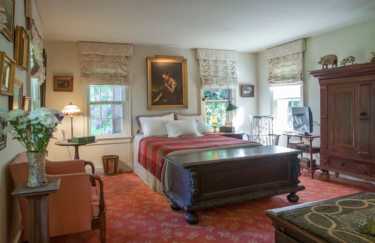 Master Suite at Greenhill - New Hope - House