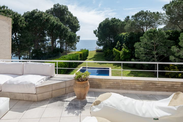 Casa Brava- Exquisite Home with Pool, Views & MORE - Palafrugell - House