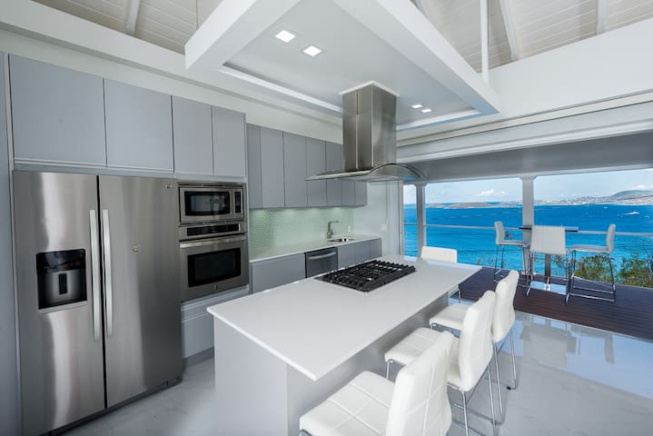 Brand New, Ultra Modern Cottage, Multi Ocean views - Cruz Bay - Apartamento