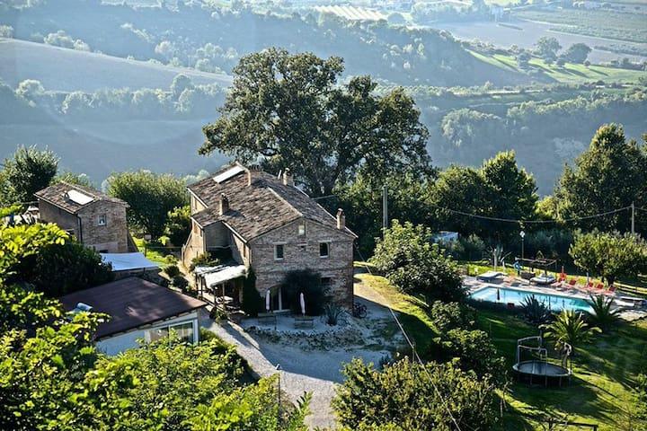 Posto degli Angeli - Montefiore dell'Aso - ที่พักพร้อมอาหารเช้า
