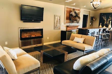 80 Acre Luxury Ranch Getaway (Stillwater/Keystone)