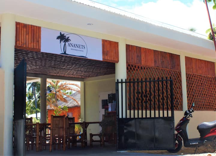 Ananets hotel- family bungalow