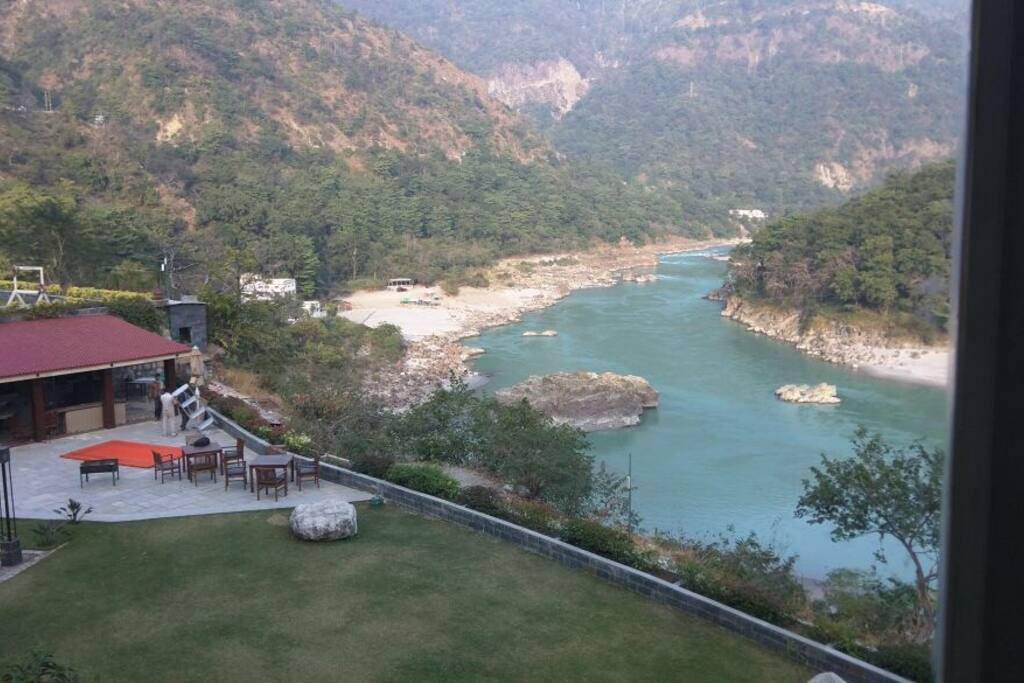 Another amazing View from the bed room balcony .  Holy n pious river Ganga ( Ganges) flows right below our apartment . Our guests can feel the sound of water and feel the positive vibes ...