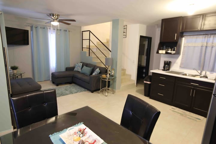 Preciosa casa nueva en Privada a 4 min de la playa