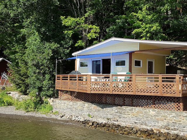 Keuka Beach House - Glamping at its best! - Keuka Park - Gästhus
