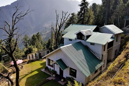 Shant Kuti - A Luxury Cottage With A  Superb View