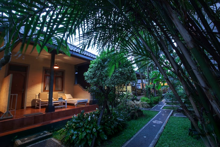 A Twin room in ubud centre