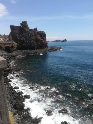 Living By The Sea/ Abitare sul  mare...