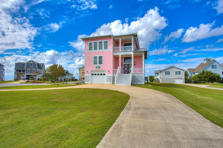 5512 Warren's Sound Retreat * Waterfront * Dog Friendly * Community Pool * Kayaks for Guest Use