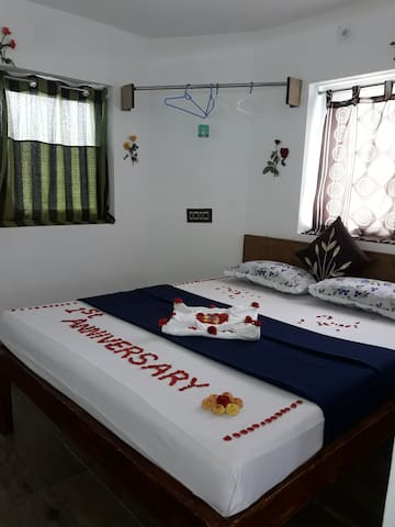 Beautiful sea view double bed room